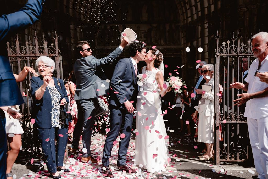 photographe mariage dijon bourgogne ceremonie sortie eglise gray