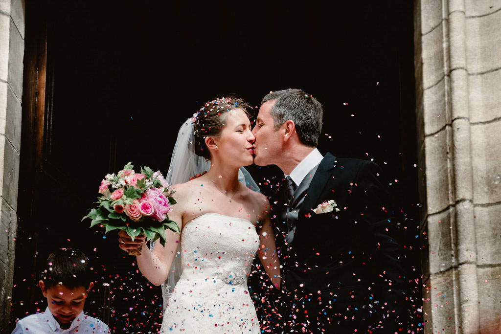 photographe mariage dijon bourgogne ceremonie sortie eglise