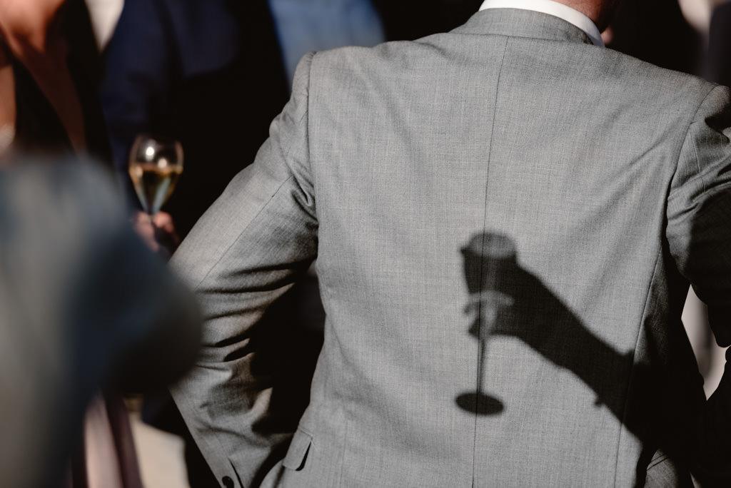 photographe mariage dijon bourgogne chateau bussy rabutin vin dhonneur