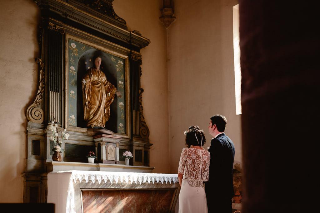 photographe mariage dijon bourgogne nuits saint georges ceremonie eglise maries