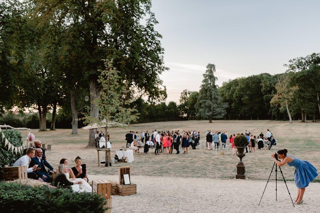 photographe mariage nevers bourgogne chateau planchevienne vin dhonneur